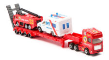 Pro Engine Tractor And Trailer Play Set With Ambulance