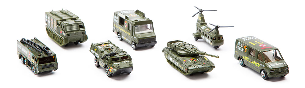 Military Vehicle Toys For Boys : Buy streetmachine scale models army vehicles gift set